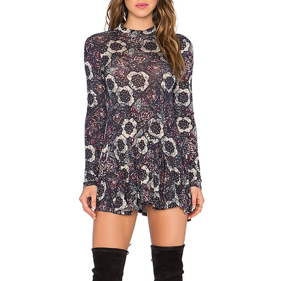 ed04b2aff02513 Free People Tops - Free People Jersey Annabelle Printed Tunic